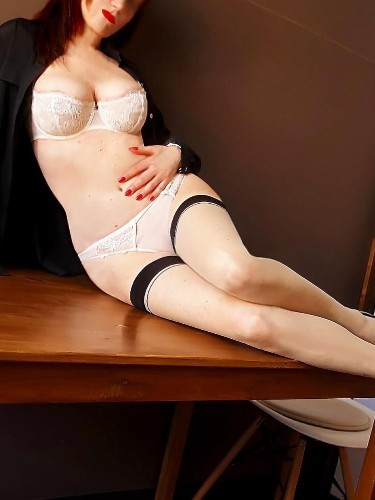 Sex ad by kinky MILF escort Cecil M (44) in Milano - Foto: 3