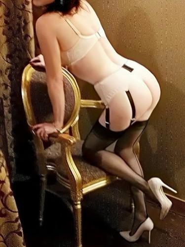 Sex ad by kinky MILF escort Cecil M (44) in Milano - Foto: 6