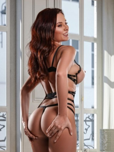 Sex ad by escort Amy (24) in Roma - Foto: 2