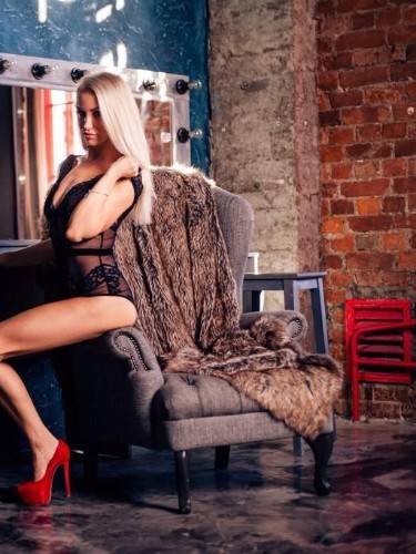 Sex ad by escort Sindi (18) in Milano - Foto: 2