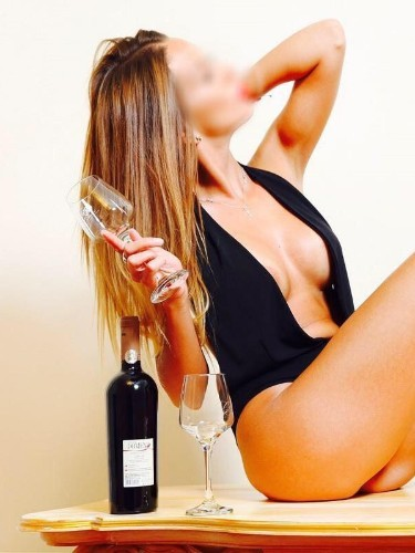 Sex ad by escort Tanya (24) in Roma - Foto: 1