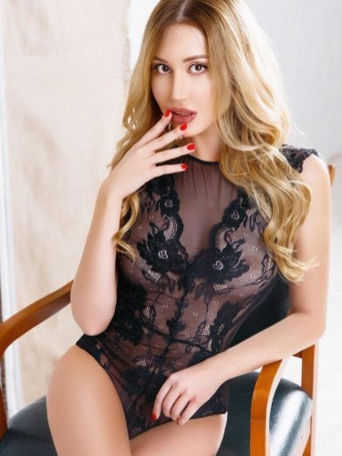 Sex ad by kinky escort Mira (23) in Genova - Foto: 1