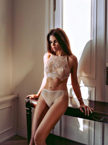 Sex ad by kinky escort Nika (21) in Milano - Foto: 5