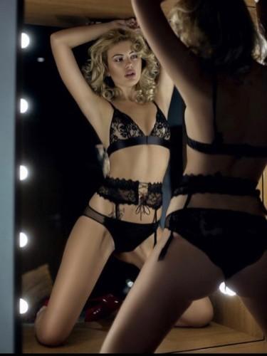 Sex ad by kinky escort Jenya (21) in Milano - Foto: 5