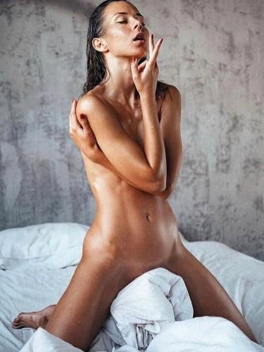 Sex ad by kinky escort Fiona (21) in Milano - Foto: 1