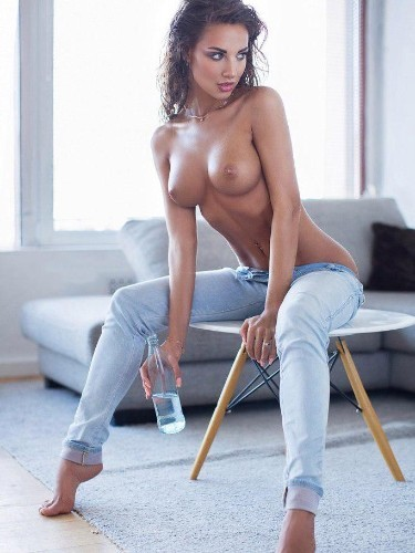Sex ad by kinky escort Adriana (22) in Milano - Foto: 6