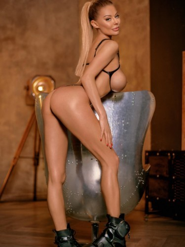 Sex ad by escort Angelina (26) in Milano - Foto: 4