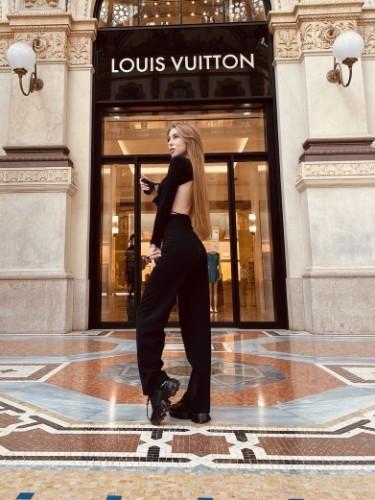 Sex ad by kinky escort Bella (21) in Milano - Foto: 1