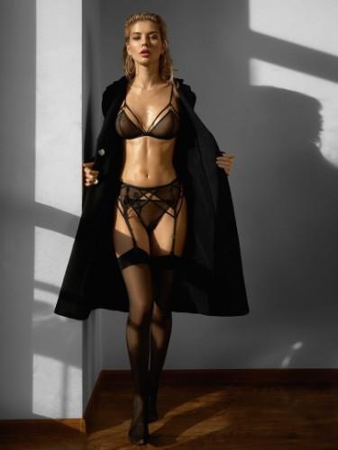 Sex ad by kinky escort Dana (22) in Milano - Foto: 5