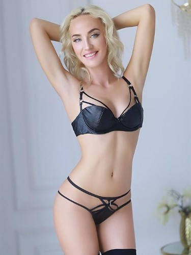 Sex ad by escort Kira (24) in Bologna - Foto: 3