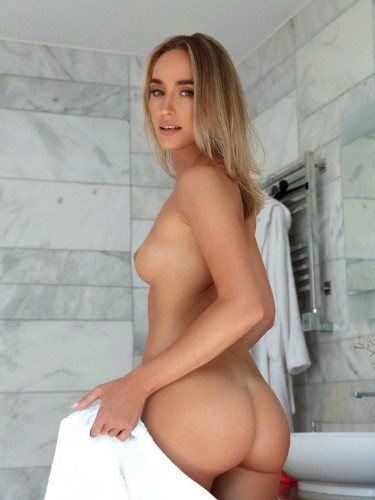 Sex ad by escort Kira (24) in Milano - Foto: 6