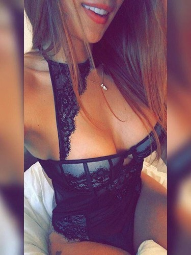 Sex ad by escort shemale Ella (23) in Roma - Foto: 5