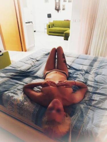Sex ad by escort Monika (20) in Bologna - Foto: 6