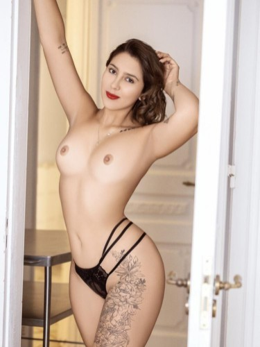 Sex ad by escort Helena (22) in Roma - Foto: 5