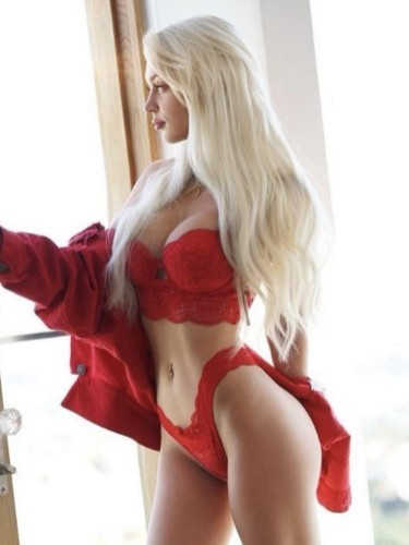 Sex ad by escort Flora (21) in Milano - Foto: 1