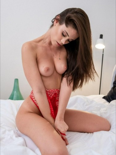 Sex ad by escort Hilary (21) in Milano - Foto: 4