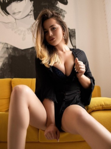 Sex ad by escort Arielle (22) in Firenze - Foto: 6