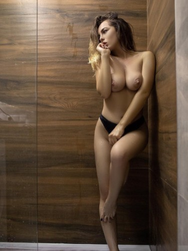 Sex ad by escort Arielle (22) in Firenze - Foto: 4
