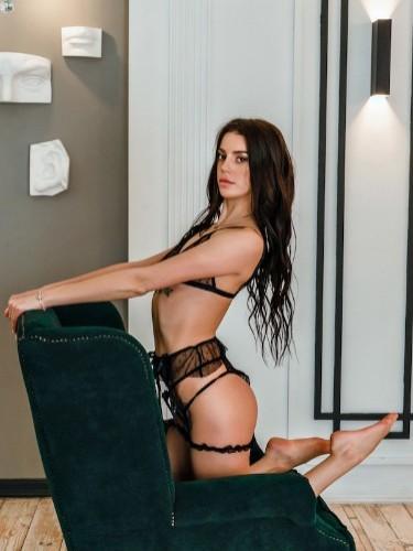 Sex ad by escort Victoria (21) - Foto: 1