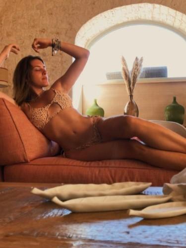 Sex ad by escort Alina (23) in Parma - Foto: 4