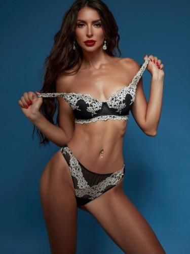 Sex ad by kinky escort Monica (25) - Foto: 1