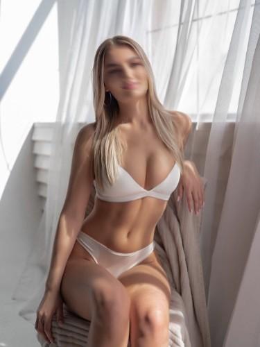 Sex ad by escort Mila (19) in Milano - Foto: 3